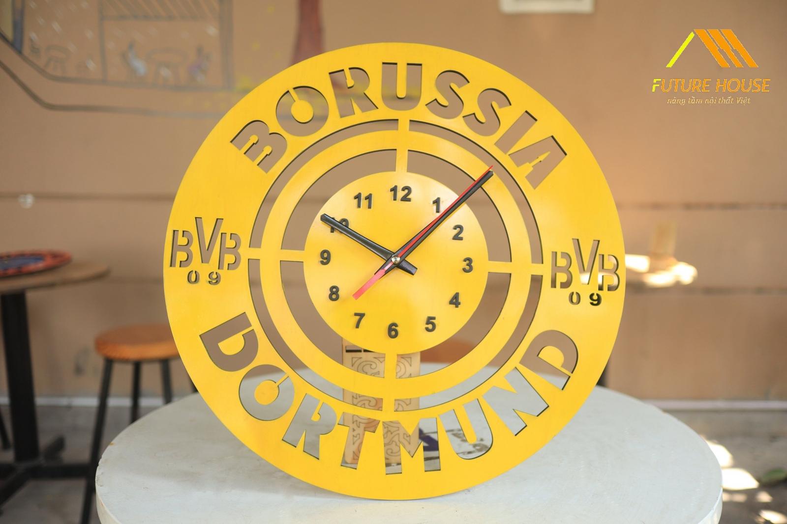 Đồng Hồ Gỗ Treo Tường Borussia Dortmund